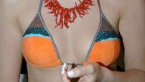 Κωνσταντίνα Σπυροπούλου φυσικό & υπερβολικό στήθος