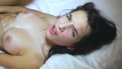 Νέλλη πορνοστάρ γαμήσι χύσιμο