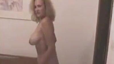 Καταπληκτικό βίντεο ώριμης κυρίας